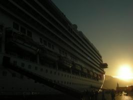 Sun and Ship - Sunny Ship by grote-design