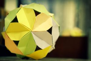kusudama iii by leezarainboeveins