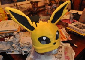 Jolteon Hat by Lexiipantz