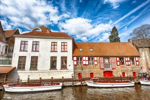Excursion boats in Bruges by elvistudio