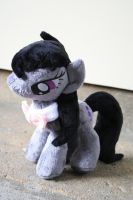 Octavia Plushie by Fafatacle