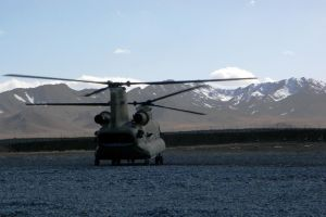 Afghan Chinook Landing by Ironpaw