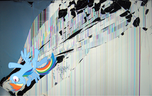 Rainbow Dash wallpaper - cracked the screen 2 by nestordc