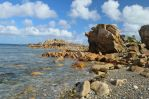 Stones and sea by Criosdan