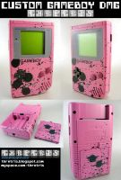 Csutom Painted Pink gameboy by Thretris