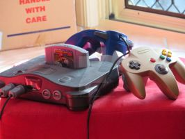Nintendo 64 by Axel-is-Sexy-K7