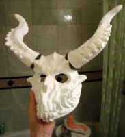 mask WIP 3 now with horns by goosezilla