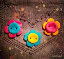 Flower Buttons - handmaed by najmo