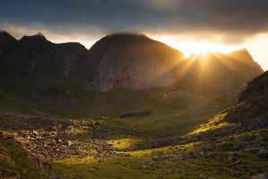 Lofoten Sunburst by Alex37
