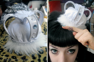 White Ice Queen Lolita Crown by Neumorin