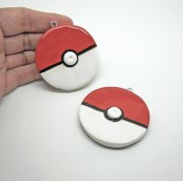 Pokeball Ornaments by egyptianruin
