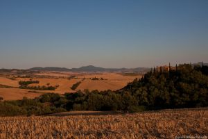 tuscan hills by icarus-ica