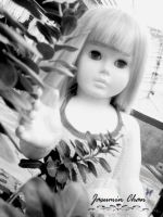 black and white doll by jasuminchan10