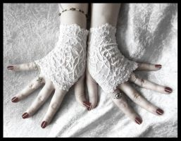 Snow Lace Fingerless Gloves by ZenAndCoffee