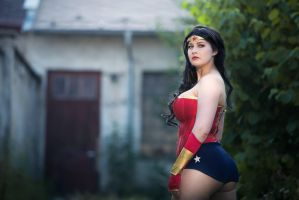 Wonder Woman by Draugwenka