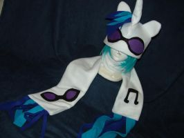 My Little Pony Vinyl Scratch Hat and Scarf by RegulusBlack