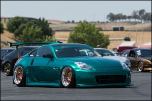 Royal Stance 350z by SharkHarrington