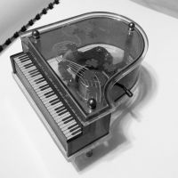 Tiny Piano by comfortinwords