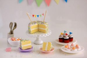1:12 scale Birthday Collection by Almadejonge