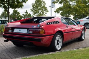 BMW M1, red, rear by FurLined
