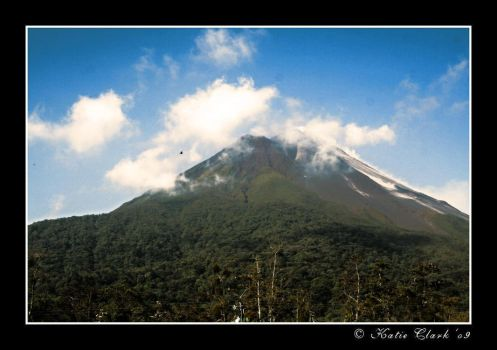 Volcan Arenal by My-Shadows-Limit