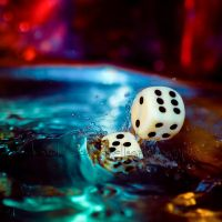 Splashing Dices by dansch