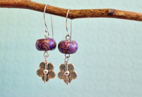 Flower boho earrings by earthexpressions