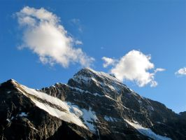 Mount Edith Cavell by rmbastey