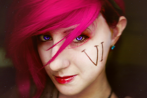 LoL: Here Comes Vi by dallexis