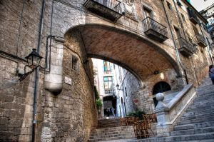Escales i arc de Sant Marti by Aloba