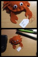 little plushie Crab by Nade