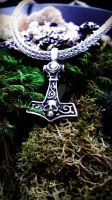 VIKING KNIT Necklace with Skull THOR'S Hammer 1 by thewellandspindle