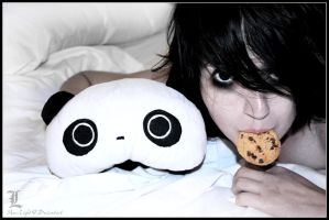 L : Cookies in Bed by Maru-Light