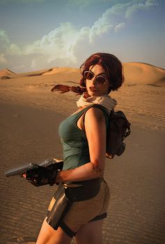 Lara Croft - Photography by fenixfatalist