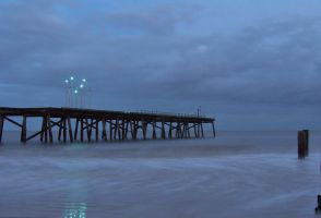 Pier End at night. by chivt800