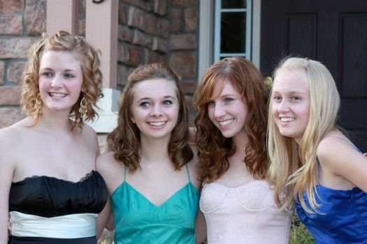 Homecoming pics 01 by OmgItsEmily