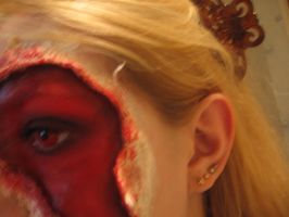 Ripped face make up- side by sazmullium