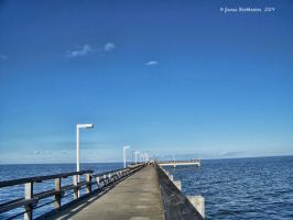 Point Lookout Pier by jim88bro