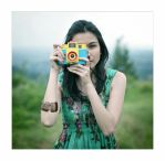 girl with holga by br3w0k