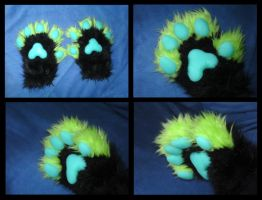 Moriko Handpaws by CuriousCreatures
