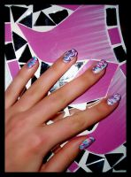 water marbled nails by Tartofraises