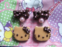 Hello Kitty choco earrings by Libellulina