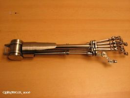 Mechanical arm by Mavilia