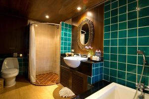 Superior Hotel - Toilet by Panviman-Group