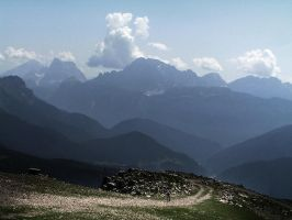 The solitary hiker by edelweiss26