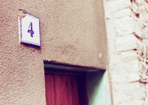 4 is my lucky number! by alixia88