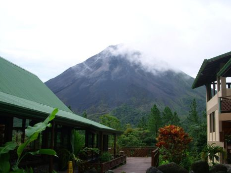 Arenal Volcano, Costa Rica by Usagi-Talez