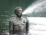 Stalin Statue by nwwes