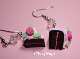 rose cake earrings by tinkypinky