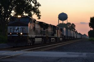 NS and BNSF 22W II 8-11-11 by the-railblazer